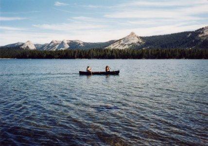 4e3cf-lake01canoe