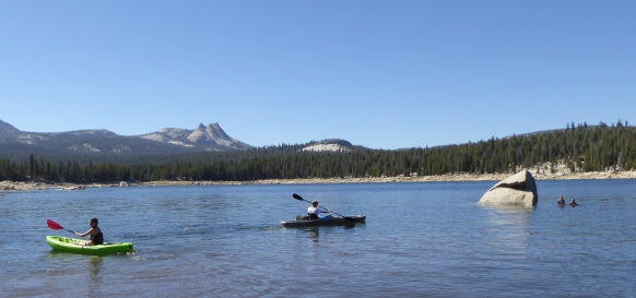 gl P1050083 kayaks