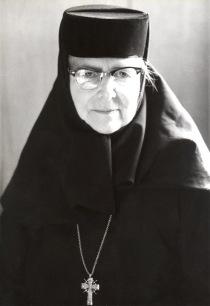 mother-alexandra-glasses